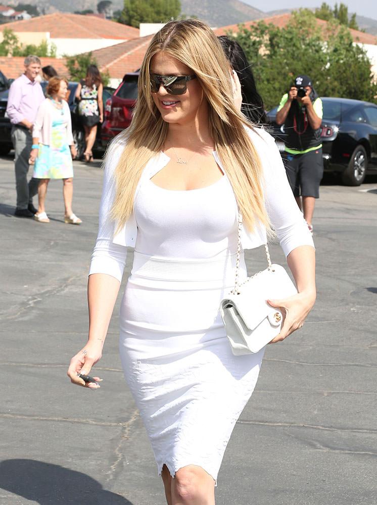 Khloe-Kardashian-Chanel-Classic-Flap-Bag