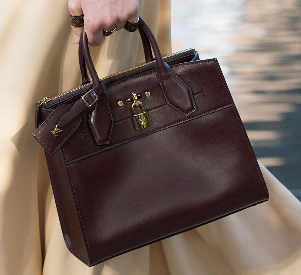 Louis-Vuitton-Cruise-2016-Bags-32