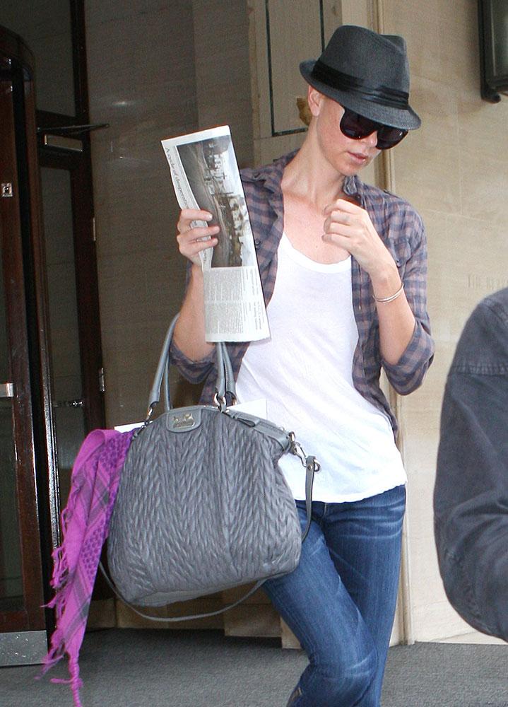 Charlize-Theron-Coach-Madison-Carryall-Bag