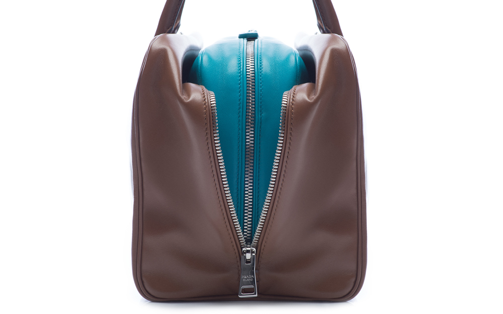 Prada Inside Bag Soft Calf Cannella Turchese Detail 05