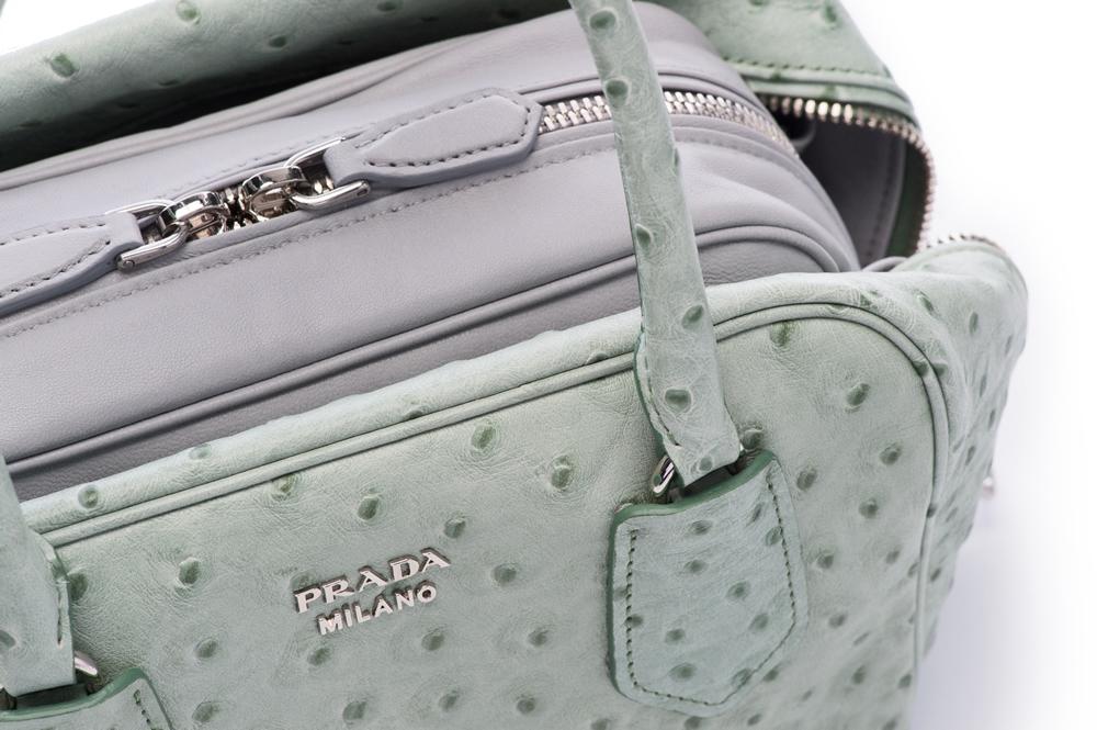 Prada Inside Bag Struzzo Acquamarina Granito Detail 02
