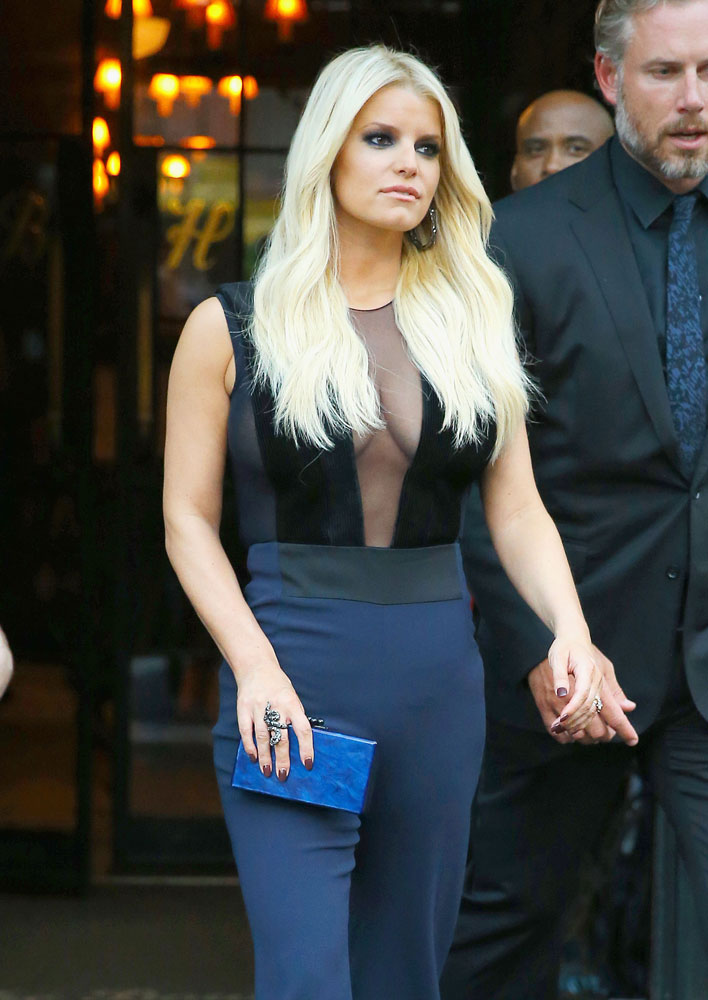 Jessica Simpson, Our New Hero, Brought No Fewer Than 8 ...