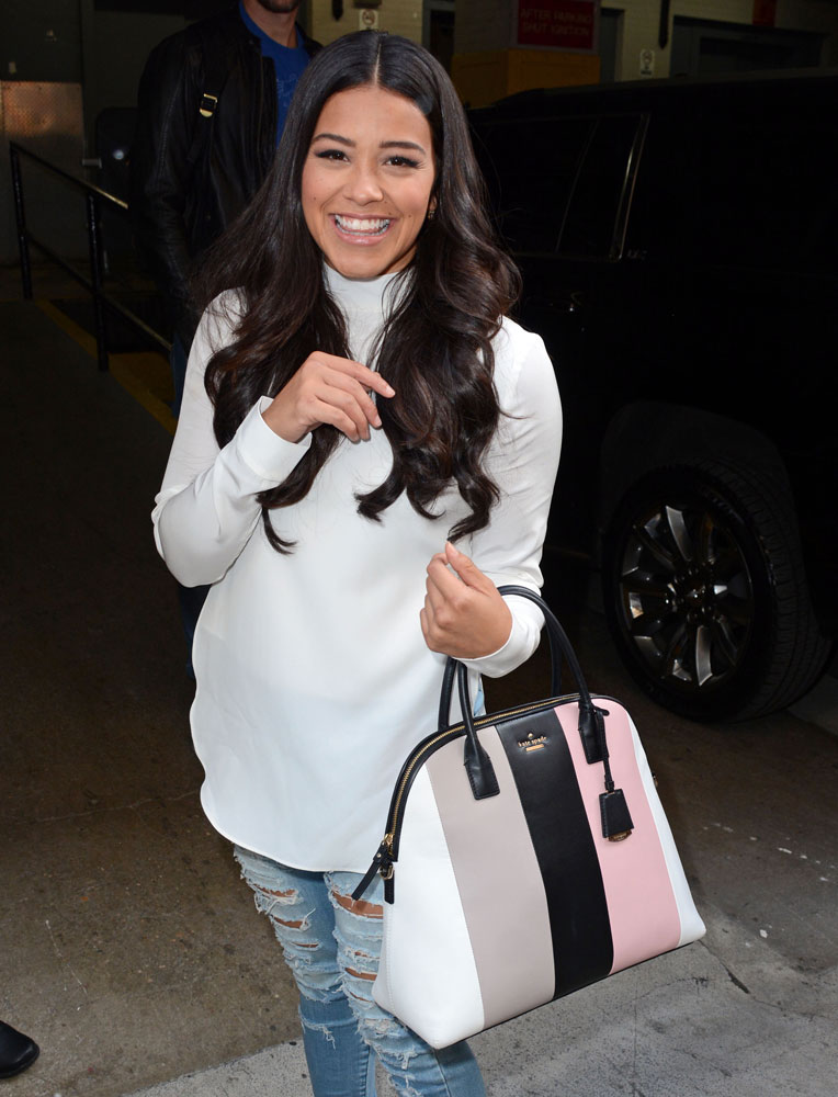 ysl chyc shoulder bag price - Celebs Chose Bags from Givenchy, Dior & Armani Last Week - PurseBlog