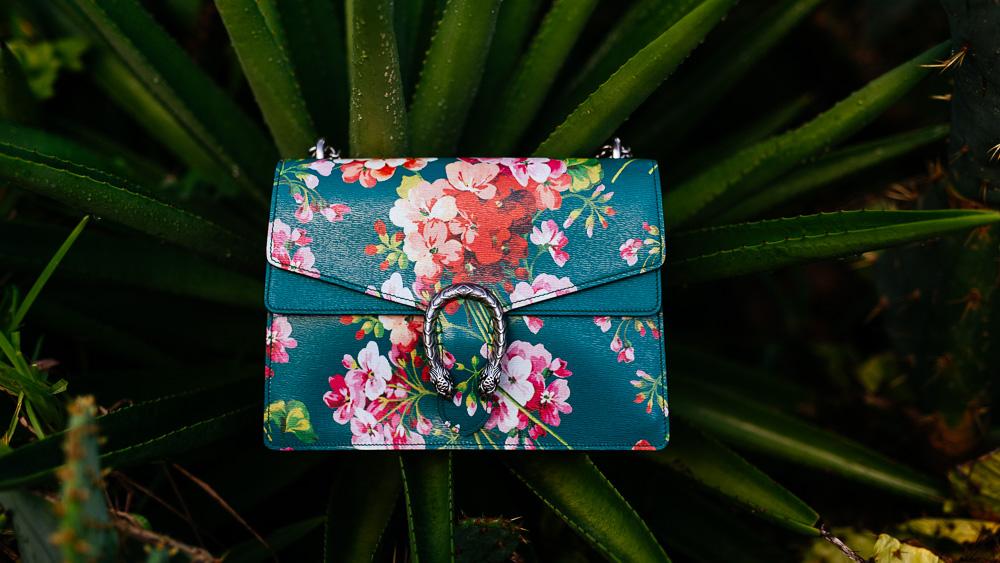 Gucci Dionysus Blooms Print Shoulder Bag in Green