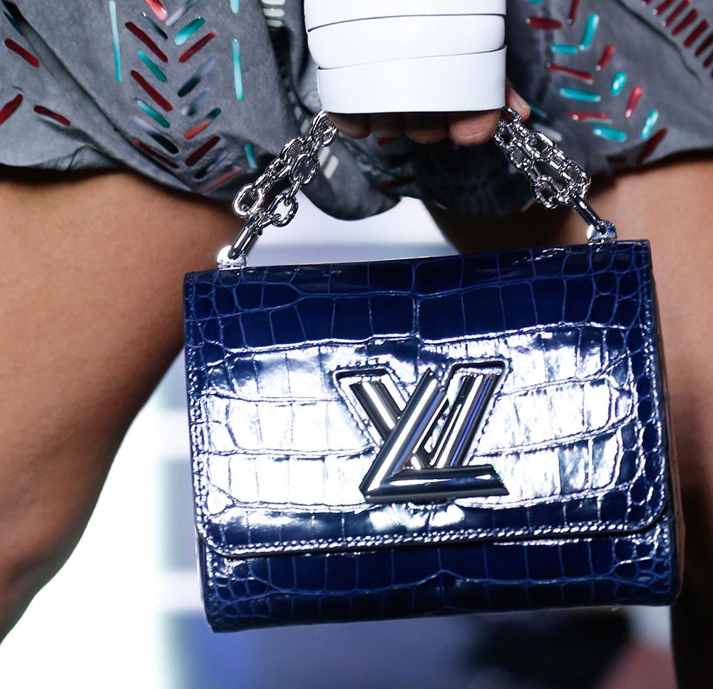 Louis-Vuitton-Spring-2016-Bags-19