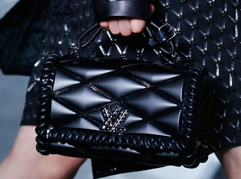 Louis-Vuitton-Spring-2016-Bags-2