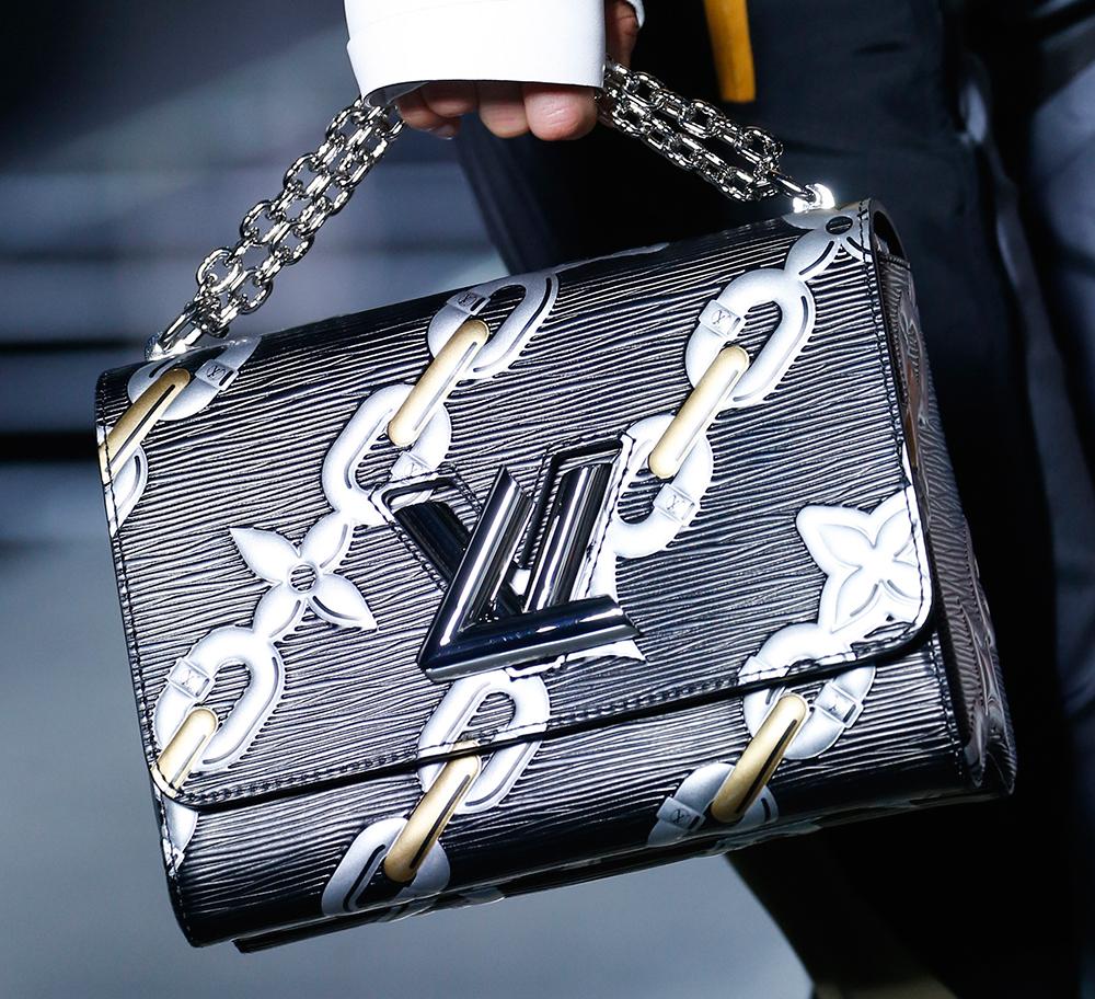Louis-Vuitton-Spring-2016-Bags-24