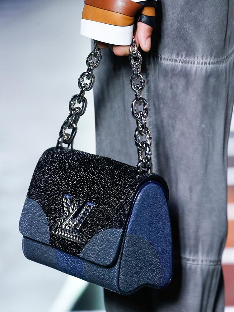 Louis-Vuitton-Spring-2016-Bags-30