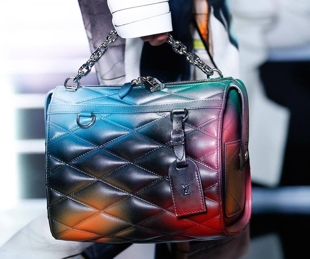 Louis-Vuitton-Spring-2016-Bags-31