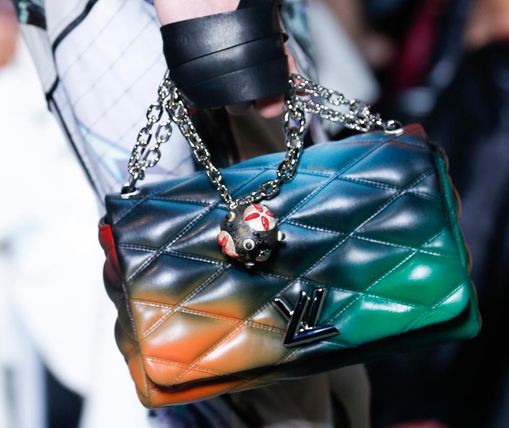 Louis-Vuitton-Spring-2016-Bags-34