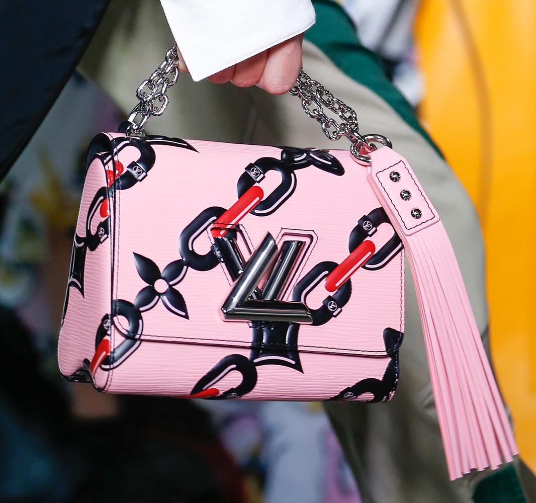 Louis-Vuitton-Spring-2016-Bags-35