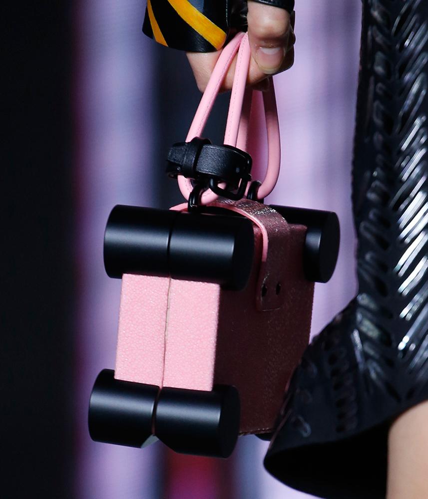 Louis-Vuitton-Spring-2016-Bags-8