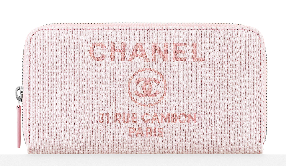 Chanel-Fabric-Zipped-Wallet-750