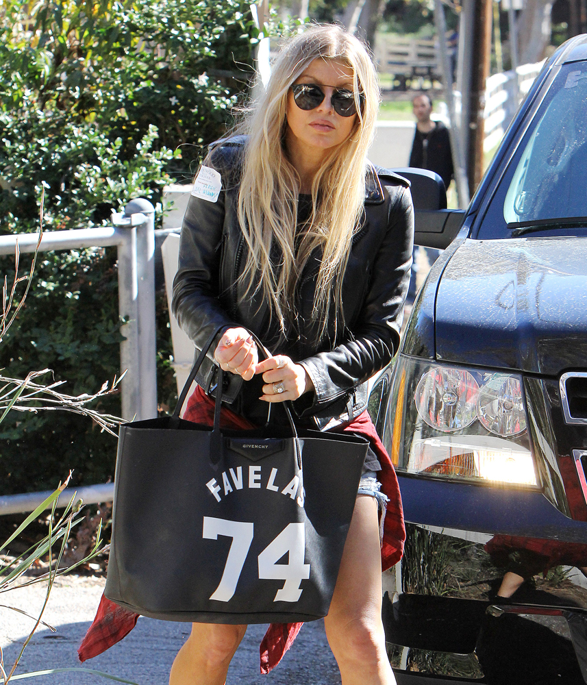 Fergie-Givenchy-Antigona-Shopping-Tote