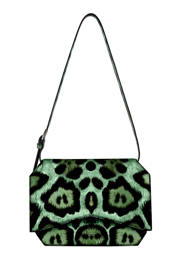 Givenchy-Resort-2016-Bags-24