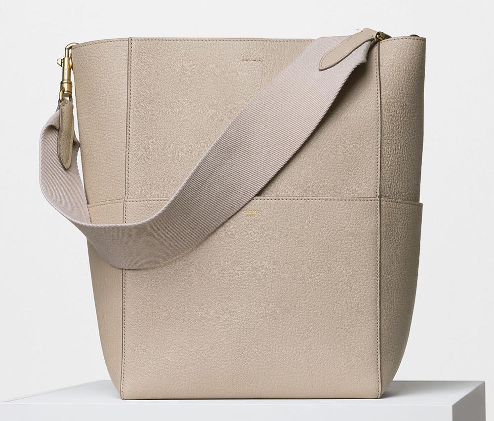 Celine-Seau-Sangle-Shoulder-Bag-2550