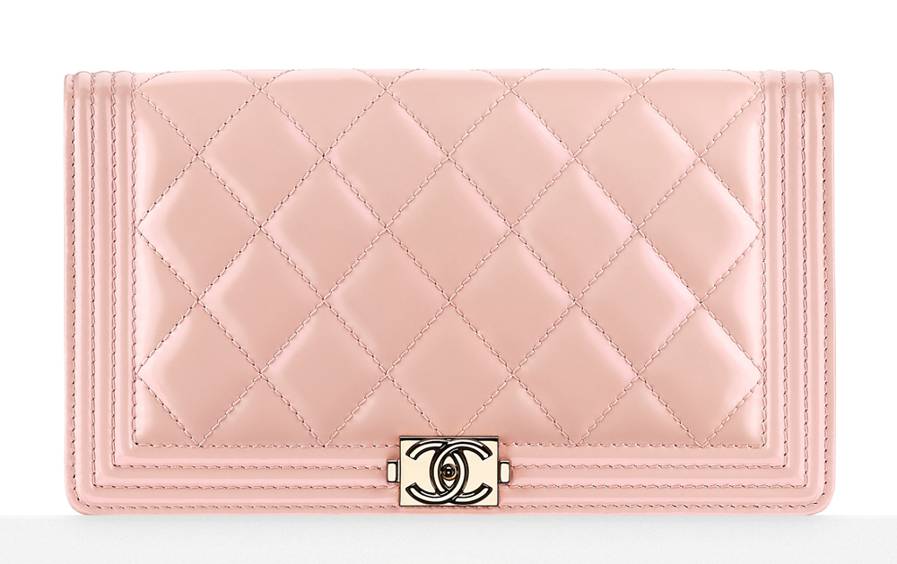 3c8661b90a5a Chanel's Spring 2016 Pre-Collection Accessories Include New WOCs and  Phone