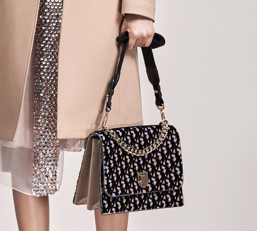 Christian-Dior-Pre-Fall-2016-Bags-2