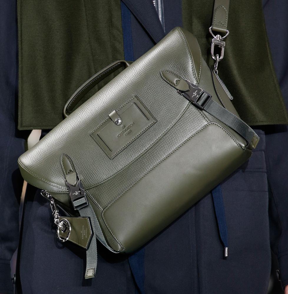 Louis-Vuitton-Mens-Fall-2016-Bags-16