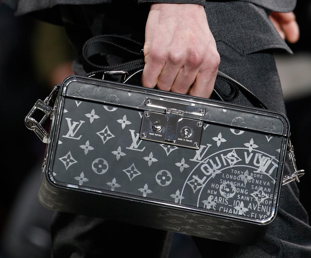 Louis-Vuitton-Mens-Fall-2016-Bags-17