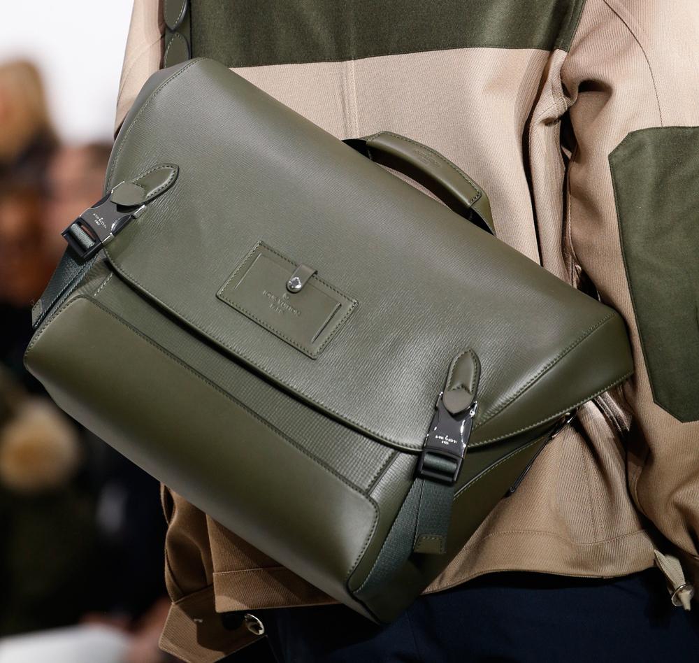 Louis-Vuitton-Mens-Fall-2016-Bags-20