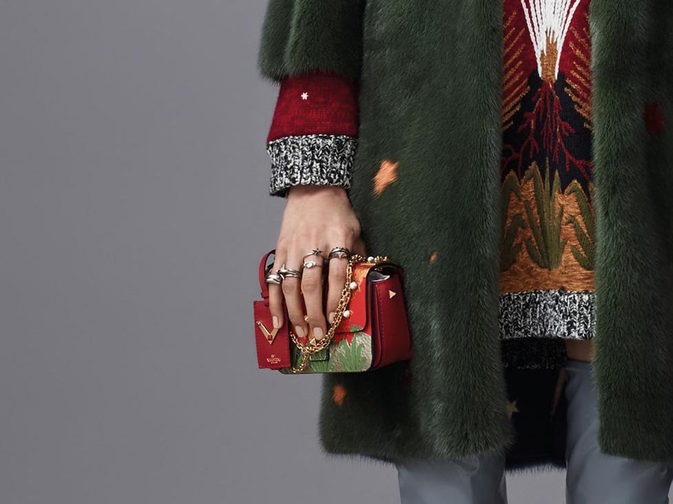 Valentino-Pre-Fall-2016-Bags-10