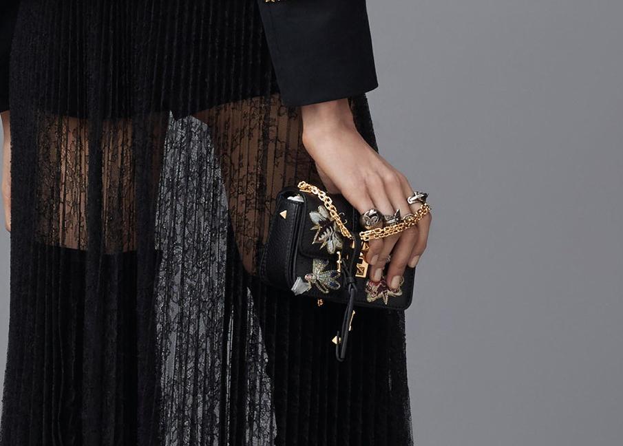Valentino-Pre-Fall-2016-Bags-22