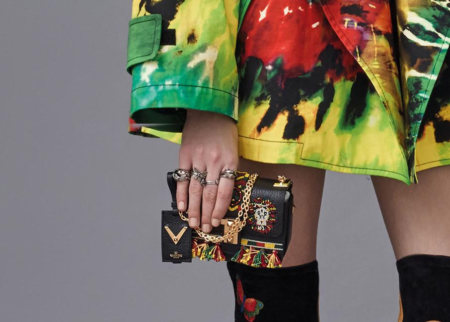 Valentino-Pre-Fall-2016-Bags-4