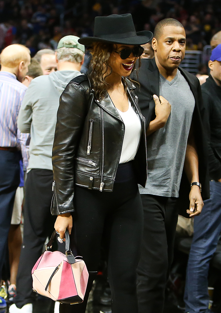 supermodels beyonc233 showcase handbags from tods