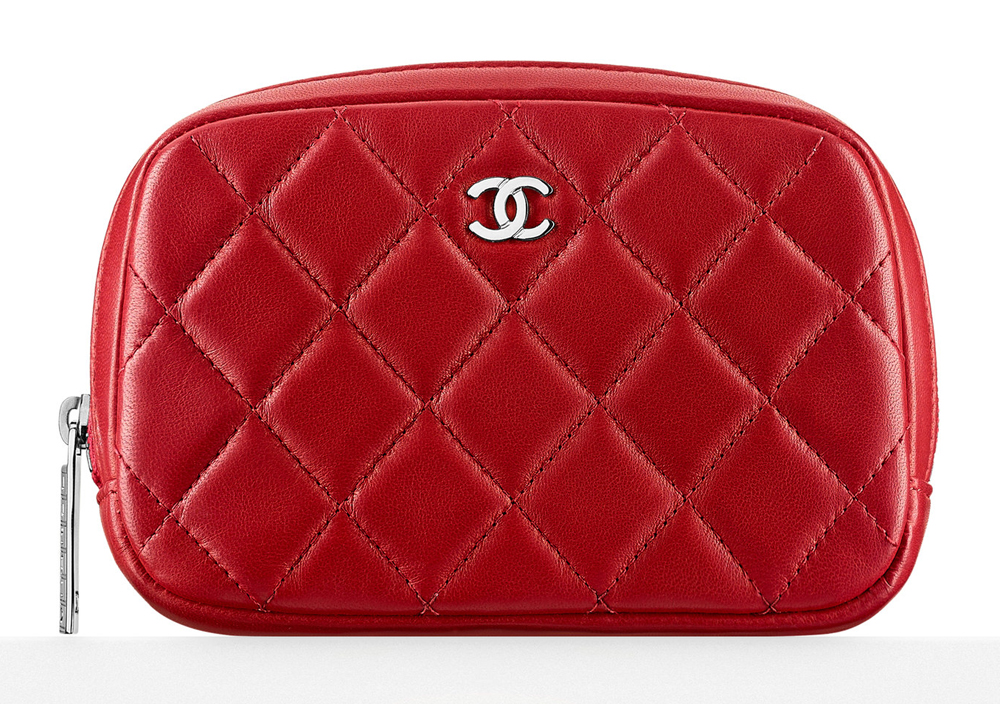 Chanel-Small-Quilted-Zipper-Pouch-600
