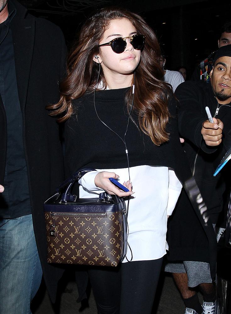 Selena-Gomez-Louis-Vuitton-Satchel