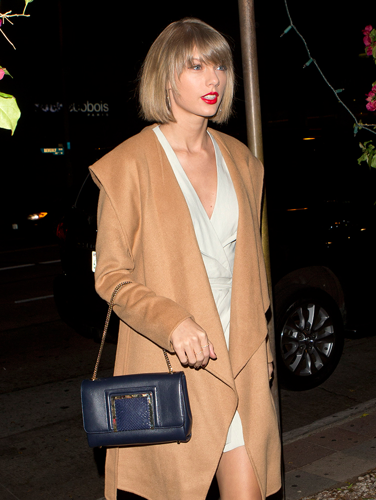 Taylor-Swift-Jimmy-Choo-Alara-Bag