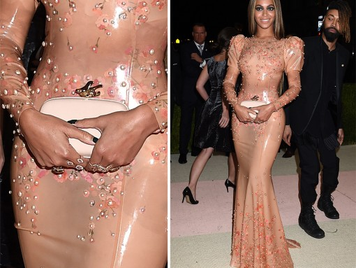 Beyonce-Givenchy-Flower-Minaudiere