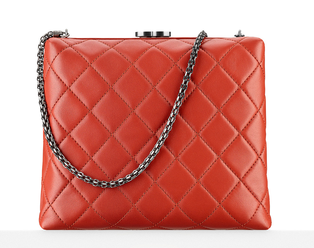 Chanel-Kiss-Lock-Minaudiere-Red-3300