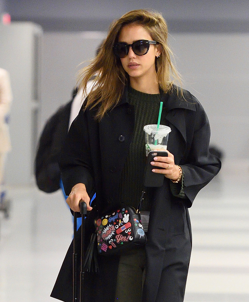 viva bag diversity celebs step out with new bags from moschino anya hindmarch and the row. Black Bedroom Furniture Sets. Home Design Ideas