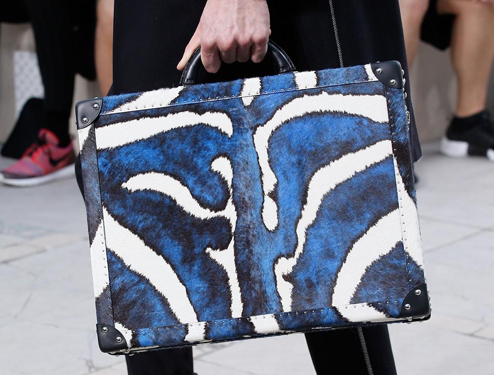 Louis-Vuitton-Spring-2017-Mens-Bags-14