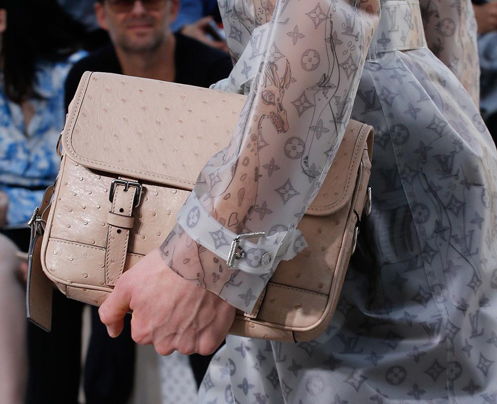 Louis-Vuitton-Spring-2017-Mens-Bags-15