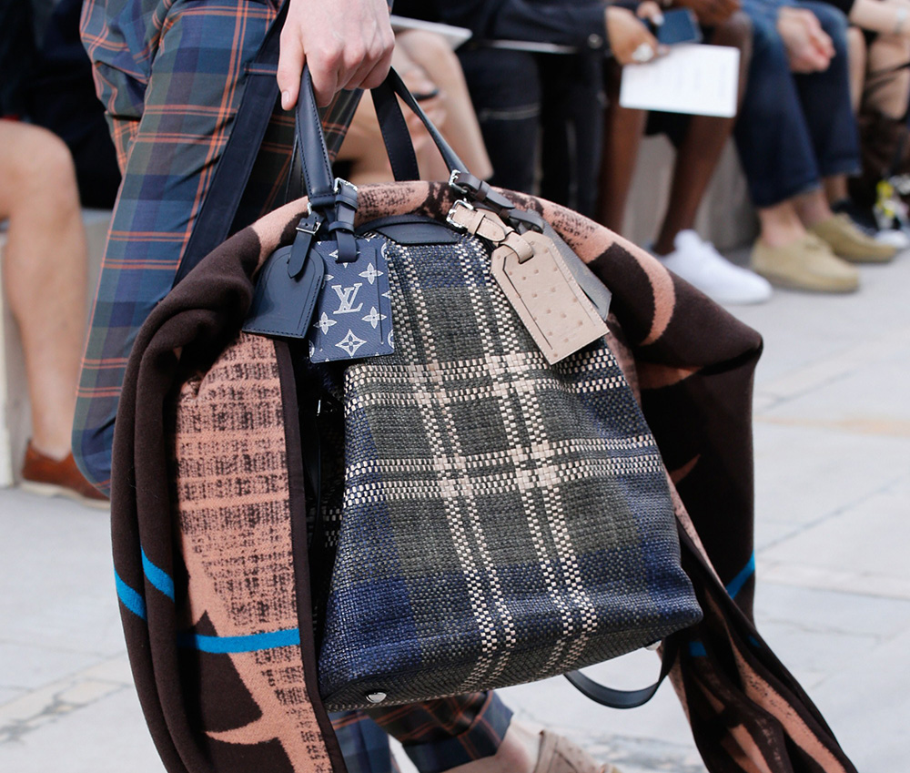 Louis-Vuitton-Spring-2017-Mens-Bags-17