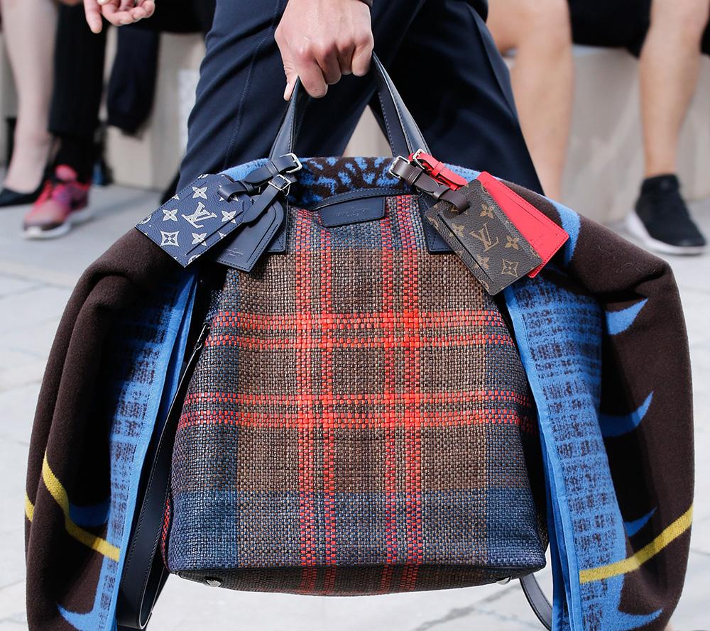 Louis-Vuitton-Spring-2017-Mens-Bags-18