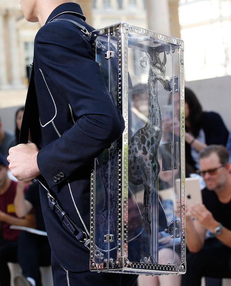 Louis-Vuitton-Spring-2017-Mens-Bags-26