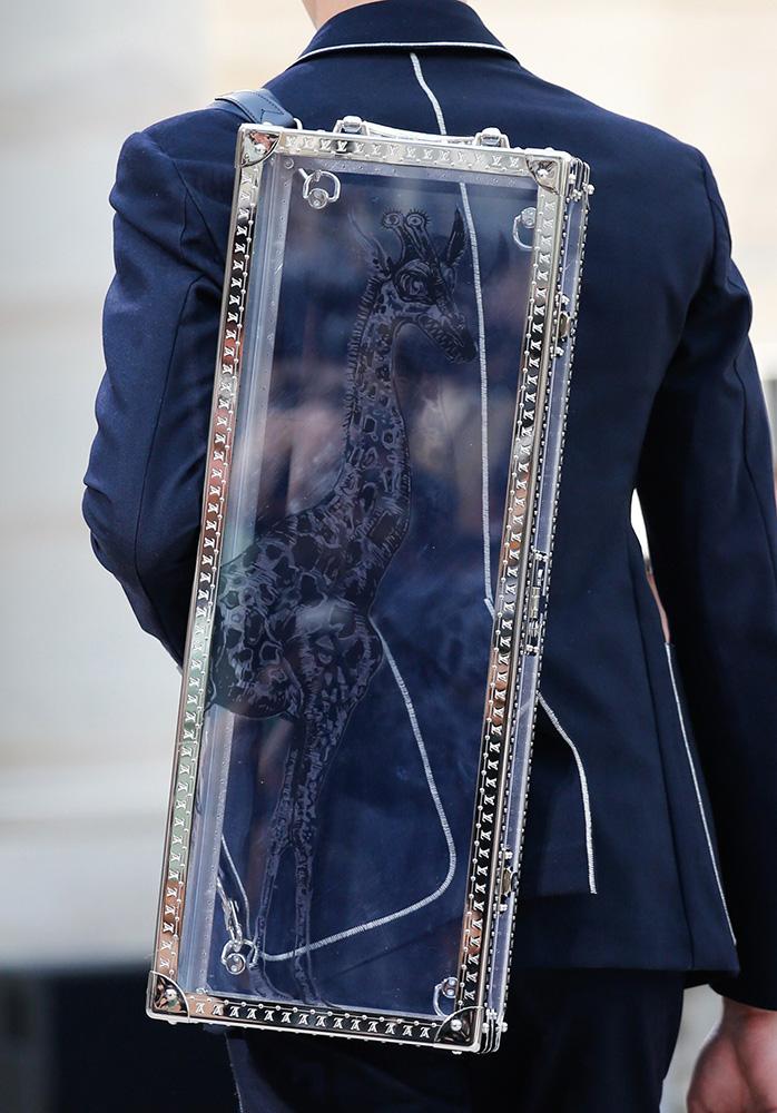 Louis-Vuitton-Spring-2017-Mens-Bags-27