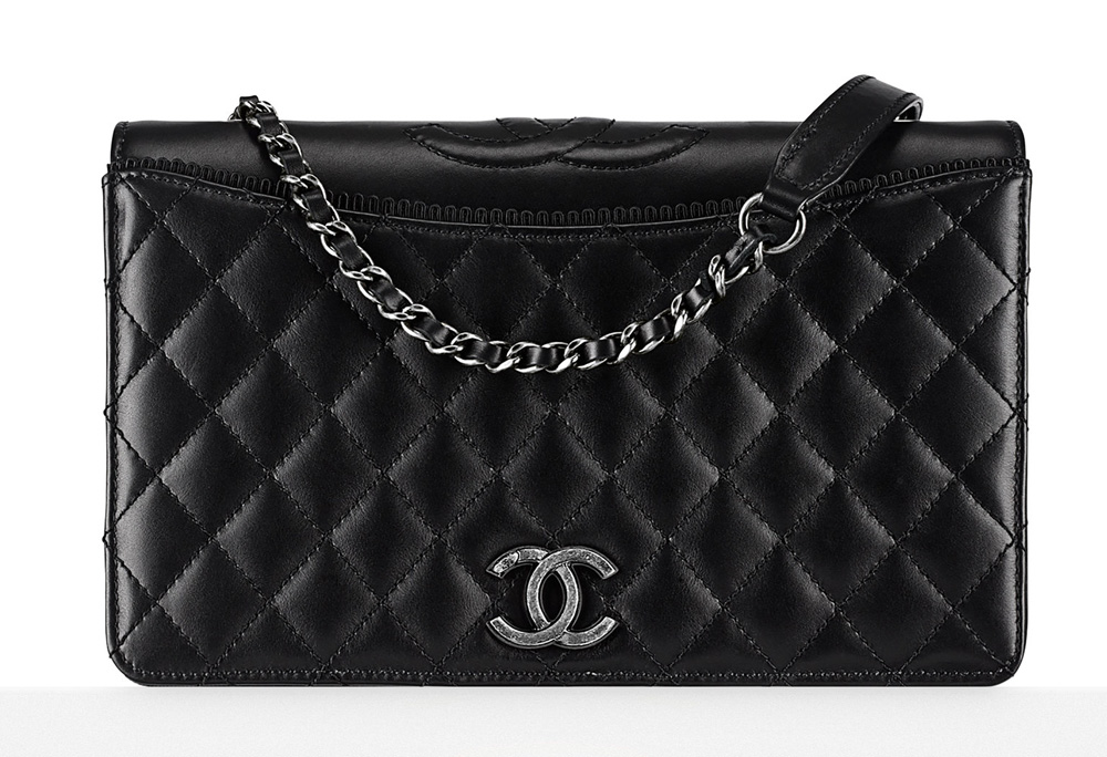 Chanel-Flap-Bag-Black-3000