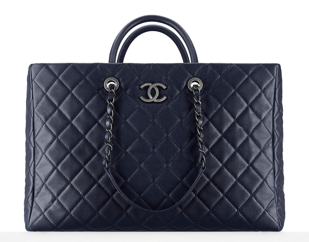 Chanel-Large-Shopping-Tote-Navy-4300