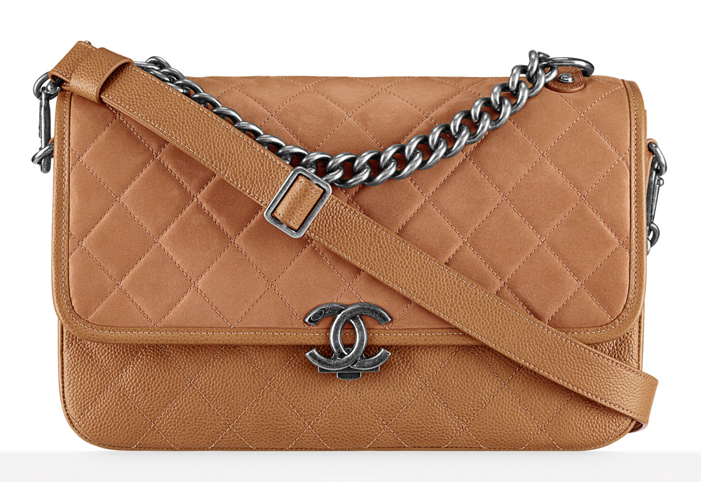 Chanel-Messenger-Bag-3700