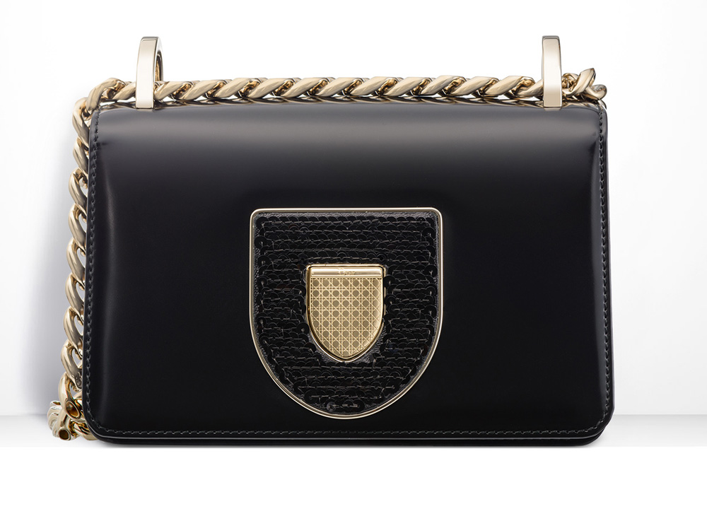 Dior-Diorama-Club-Bag-Black