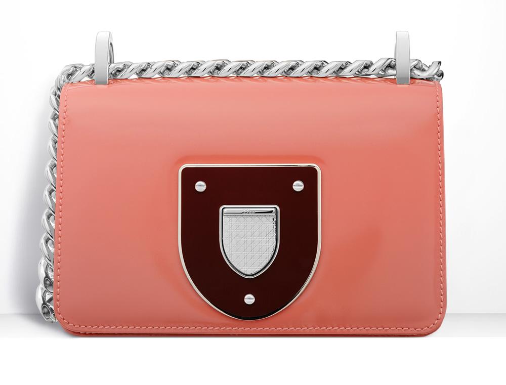 Dior-Diorama-Club-Bag-Pink