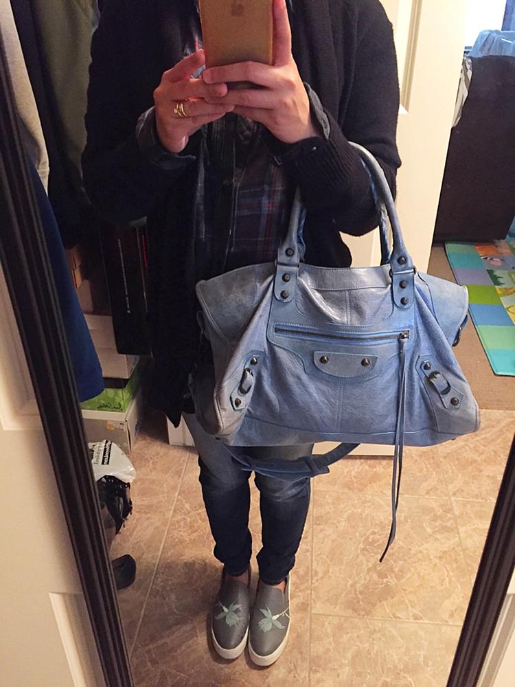 tPF Member: Wobertow  Bag: Balenciaga Classic City Bag  Shop: Similar styles via Balenciaga