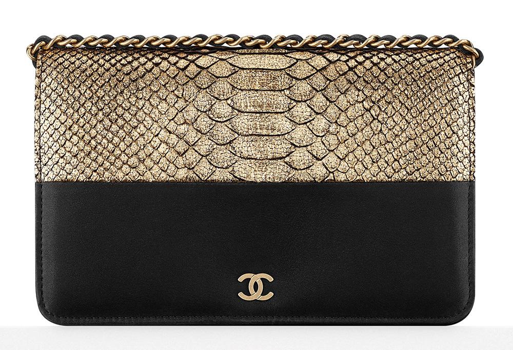 Chanel-Python-Wallet-on-Chain-Bag