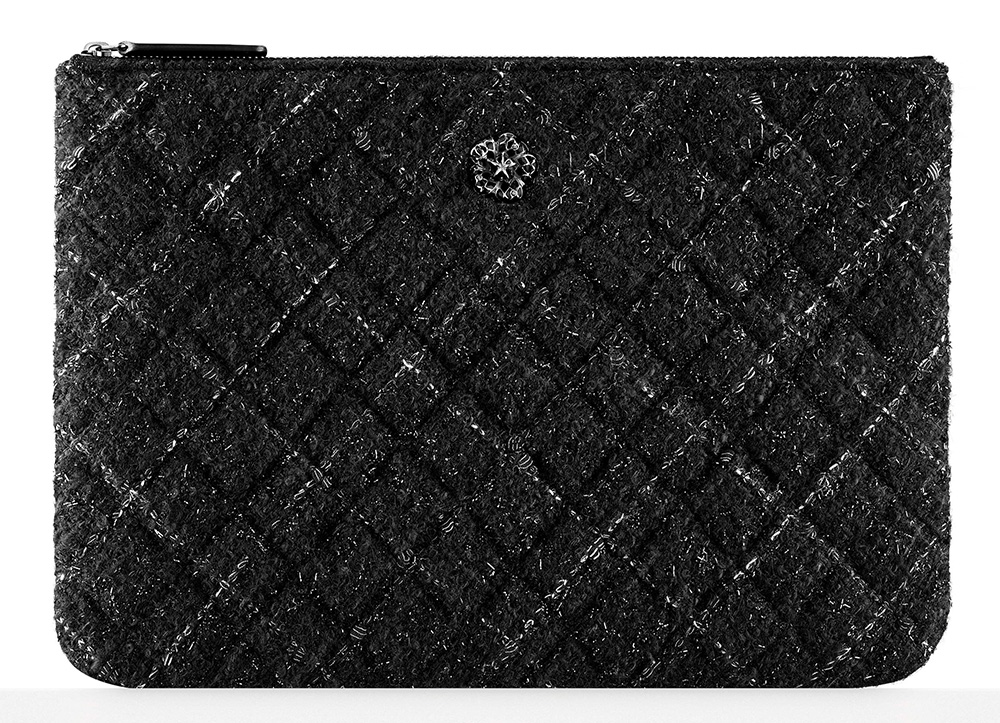 Chanel-Tweed-Pouch-775