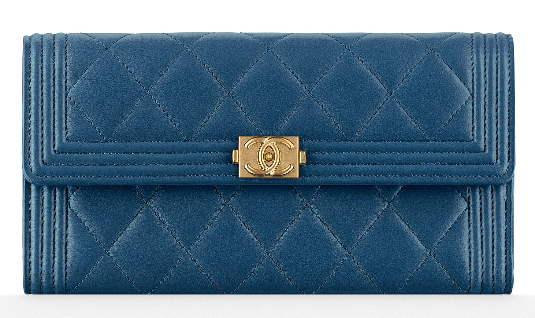 chanel-boy-flap-wallet-blue-1000